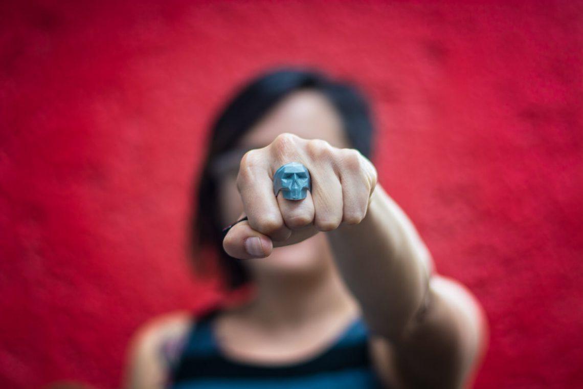 3D printed skull ring. Photo credit: Guillermo Meza