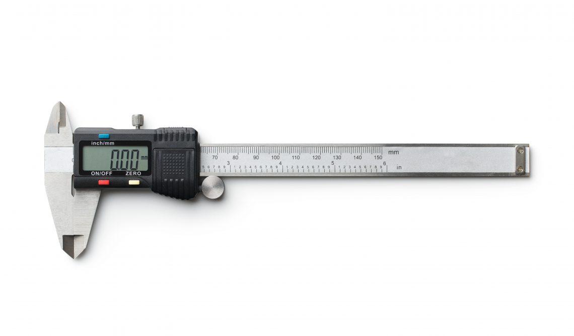 Digital and manual vernier caliper